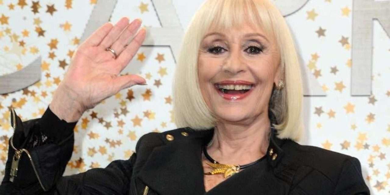 """Morta Raffaella Carrà, la signora della Tv. Iapino: """"è andata in un mondo migliore"""""""